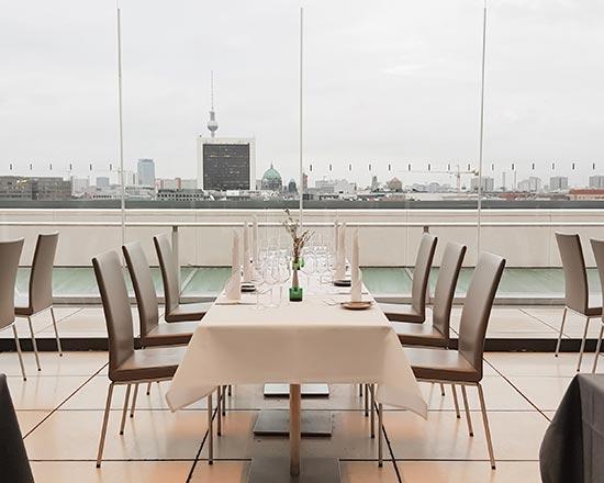Valentinstag feiern im Dachgarten Restaurant im Deutschen Bundestag