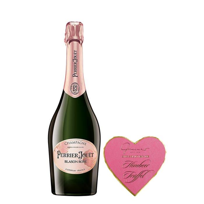 Welcher Anlass könnte schöner für ein romantisches Geschenk sein als die Liebe? Verwöhnen Sie Ihre Liebsten mit dem Valentins Set von Feinkost Käfer!