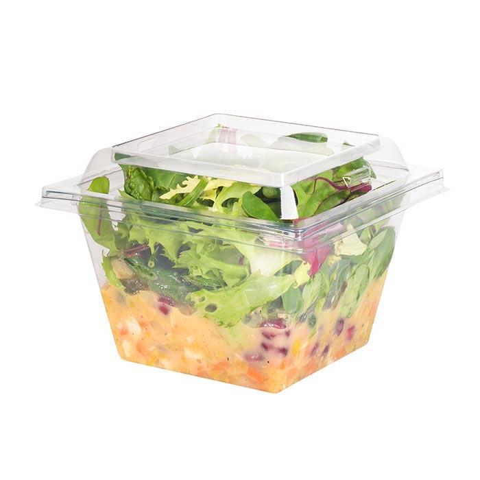 Superfood-Salat mit Wildkräuter, Bulgur, Kurkuma, Gemüsewürfel, Hähnchen & Granatapfel