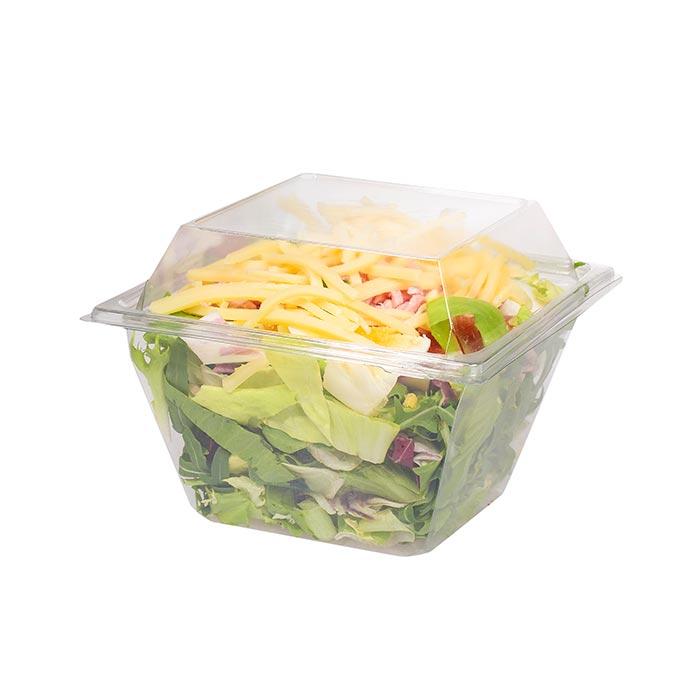 Chefsalat mit Blattsalat, Schinken, Käse und Tomaten